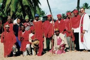 Padre Grad com os reis cristãos em Madagascar